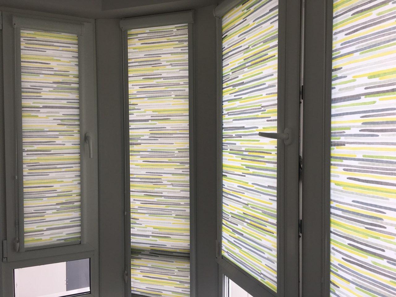 Рулонные шторы в кассете на пластиковое окно