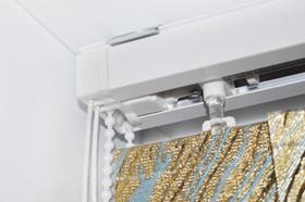 Вертикальные тканевые жалюзи крепление на потолок
