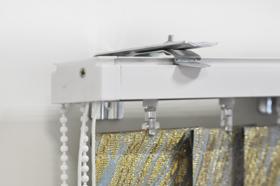 Вертикальные тканевые жалюзи крепление на стену