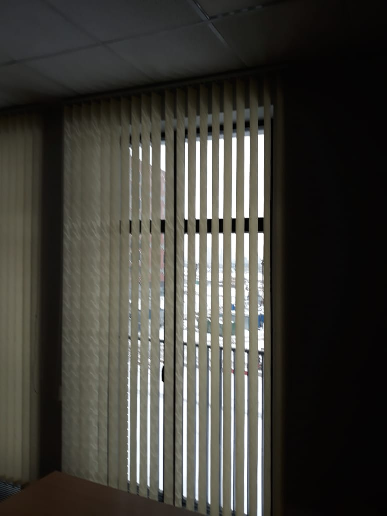 Вертикальные жалюзи на стену